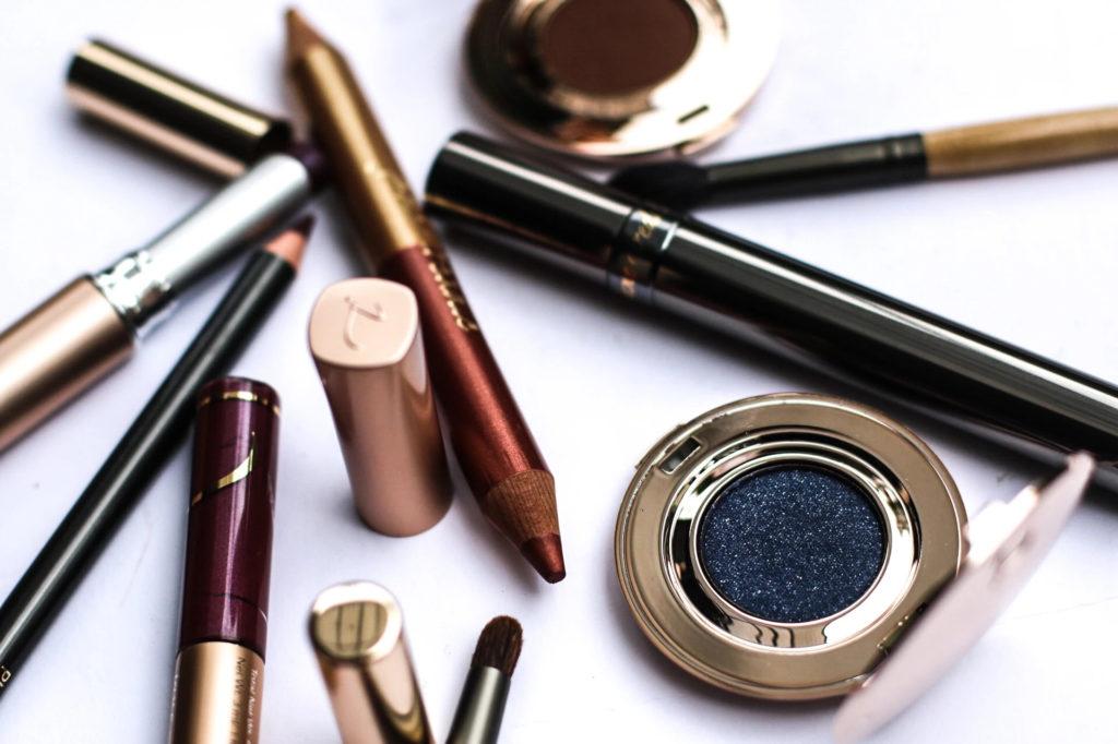 Celebrity Makeup Artists Share the Top 5 Winter Makeup Trends