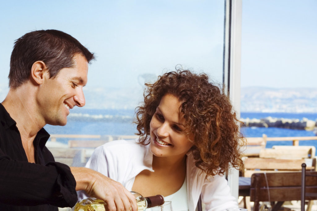 Seven Unconventional Ideas for an Extraordinary First Date